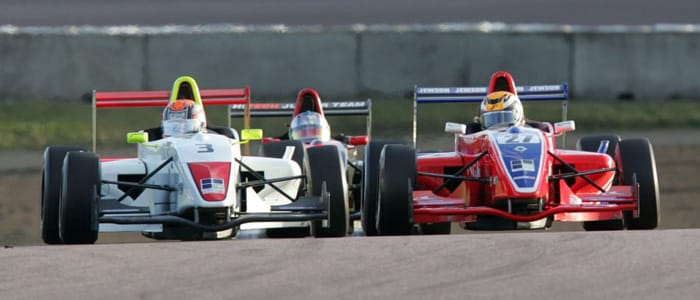 Action-from-last-year's-Formula-Renault-Winter-Cup-series-which-in-2010-will-be-expanded-to-six-rounds-