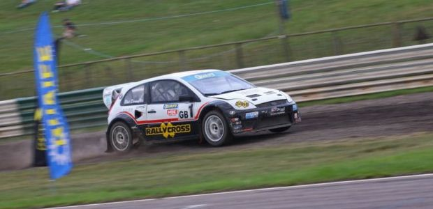 Doran leads the way at Mallory Park