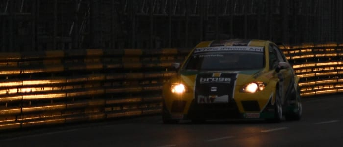 Tiago Montiero fights the gloom in Macau - Photo Credit: fiawtcc.com