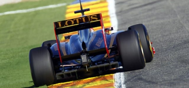 Lotus Renault returned to the track today for the second pre-season test in Jerez after a difficult few days for the team. Renault and all their rivals had the Polish...