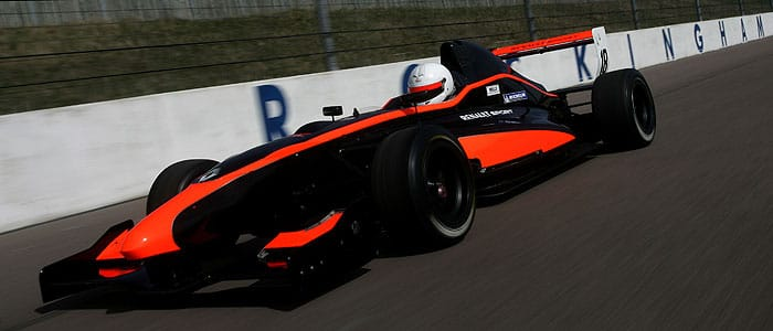 Formula Renault 2011 - Photo credit: Jakob Ebrey Photography