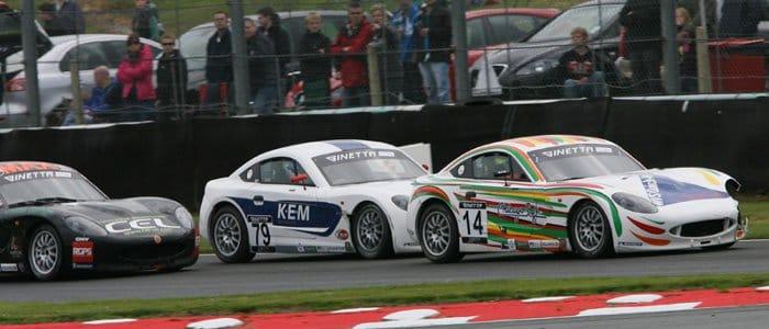 Declan Jones leading two rivals at Oulton (Credit: Jakob Ebrey Photography)