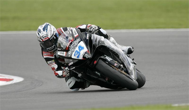 Alastair Seeley at Snetterton - Photo Credit: Suzuki Racing
