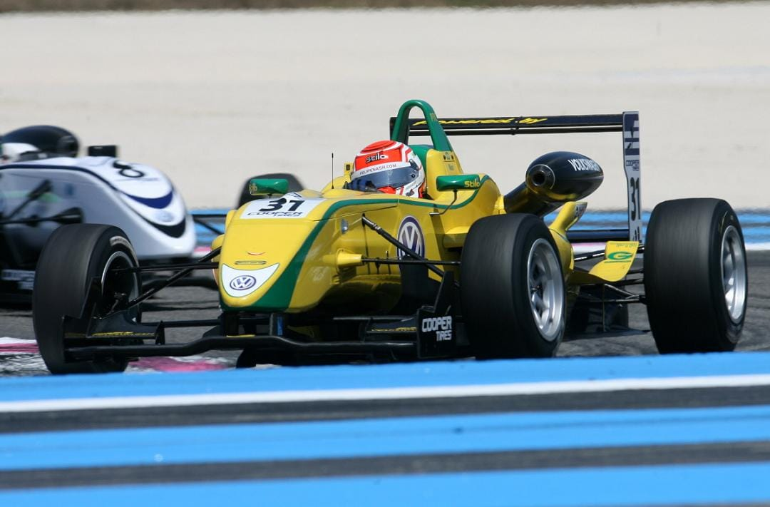 Felipe Nasr leads Da Costa - Photo Credit: SRO
