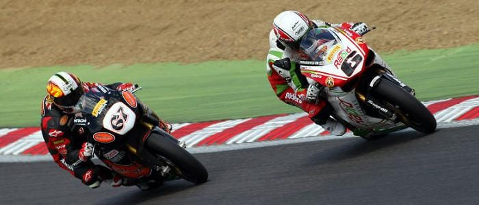 Michael Rutter leads Shane Byrne at Brands Hatch - Photo Credit: Rapid Solicitors-Bathams Ducati