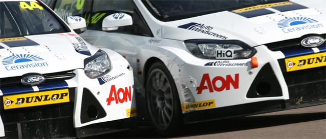 Andy Neate and Tom Chilton do battle - Photo credit: BTCC.net