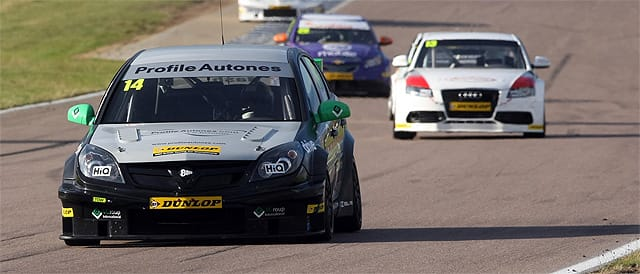 James Nash leads Rob Austin in race 3 - Photo credit: BTCC.net