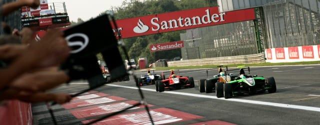 Antonio Felix Da Costa takes victory in front of James Calado, Rio Haryanto and Nico Muller - Photo: Drew Gibson/GP3 Media Service