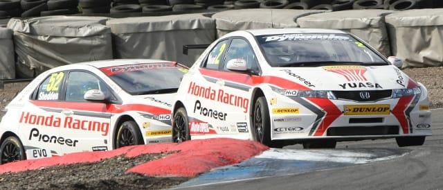Matt Neal, Gordon Shedden, Honda Racing Team (Photo Credit: Honda)