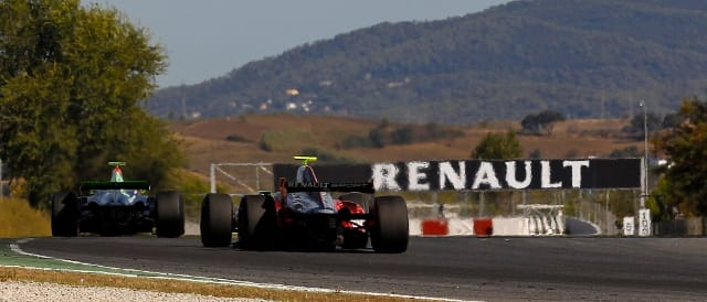Formula Renault 3.5 at Barcelona (Photo Credit: Renault Sport)