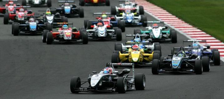 Start of Race 1 Kevin Magnussen (DK) Carlin Dallara Volkswagen leads - Photo Credit: Formula3.co