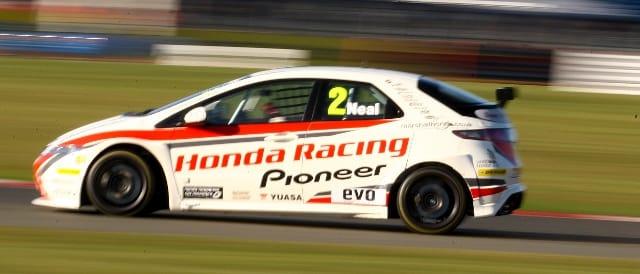 Matt Neal, Silverstone (Photo Credit: Chris Enion)