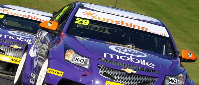 The GoMobileUK.com liveried Cruze's at Brands Hatch (Photo Credit: Chris Enion)