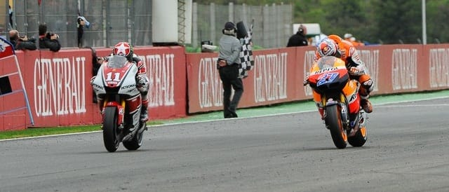 Ben Spies & Casey Stoner - Photo Credit: MotoGP.com