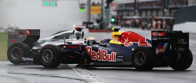 Hamilton sends Webber spinning in Canada - Photo Credit: Paul Gilham/Getty Images