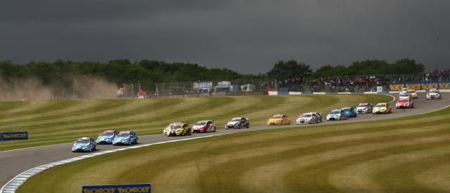 WTCC Donington Park - Photo Credit: fiawtcc.com