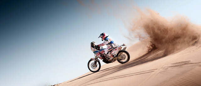 Lopez in action - Photo: Alfredo Escobar/Red Bull Content Pool