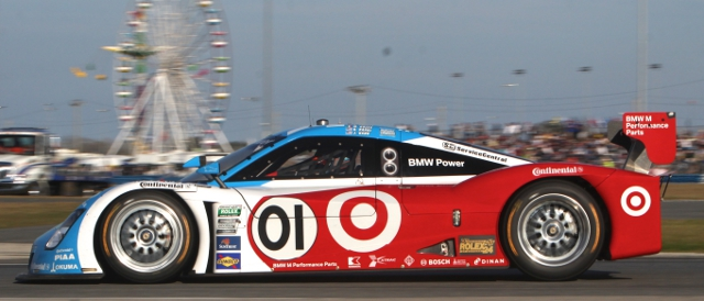 Scott Pruett in the no.01 Ganassi Riley-BMW has taken the lead from the no.60 entry (Photo Credit: Grand-Am)