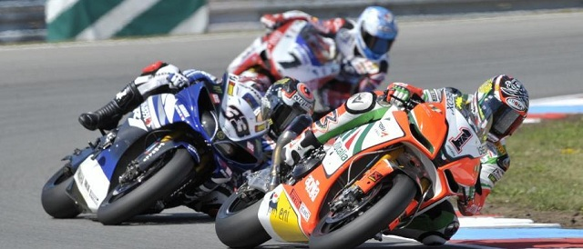 Biaggi, Melandri and Checa battle it out - Photo Credit: WSBK