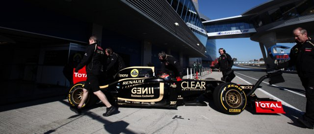 Romain Grosjean set the fastest time of any driver in a 2012-spec car this week in the Jerez test - Photo Credit: Daniel Kalisz/LAT Photographic
