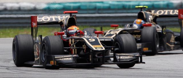 James Calado leads Esteban Gutierrez - Photo Credit: Alastair Staley/GP2 Series Media Service