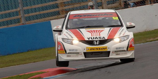 Gordon Shedden, Donington Park (Photo Credit: Chris Gurton Photography)