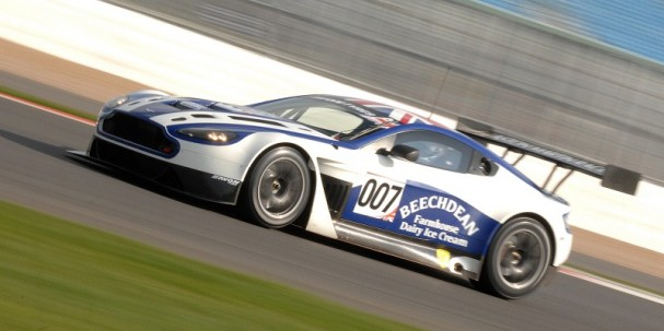 Beechdean Aston Martin Vantage GT3 (Photo Credit: Chris Gurton Photography)