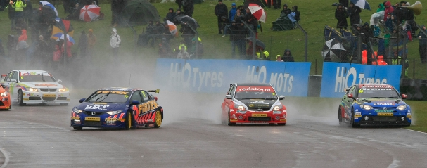 BTCC, Thruxton 2012 (Photo Credit: btcc.net)