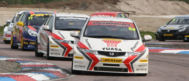 Gordon Shedden lead the BTCC of 2011 through the Club Chicane; the works Hondas dominated the event last year (Photo Credit: btcc.net)