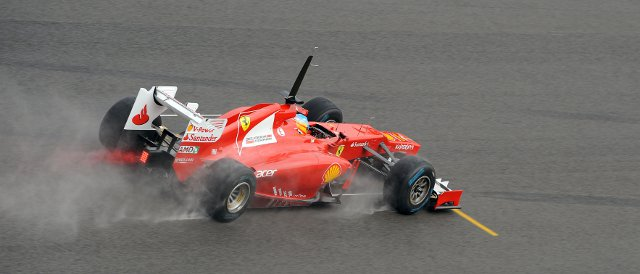 Fernando Alonso makes good use of the full-wet Pirelli tyres - Photo Credit: Ferrari