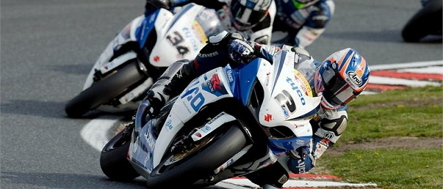 Josh Brookes (no.2) and Alastair Seeley (no.34) - Photo Credit: Suzuki Racing