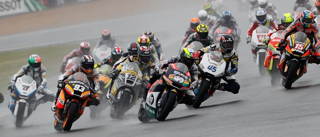Pol Espargaro leads the opening lap of the French Grand Prix - Photo Credit: MotoGP.com