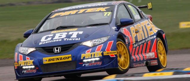 Jordan clambers through the chicane (Photo Credit: btcc.net)