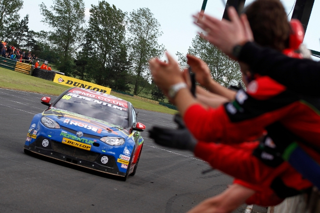 BTCC Croft 2012 (Photo Credit: btcc.net)