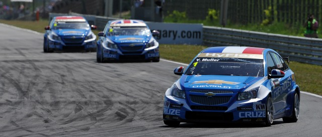 Yvan Muller, Rob Huff and Alain Menu - Photo Credit: WTCC Media
