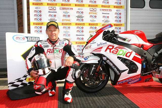Shane 'Shakey' Byrne will start the opening British Superbike race on the Brands Hatch GP circuit from pole position after edging out Tommy Hill in qualifying