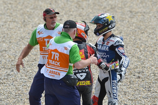 Bautista apologises to Lorenzo after their collision at the start of yesterday's Dutch TT - Photo Credit: MotoGP.com