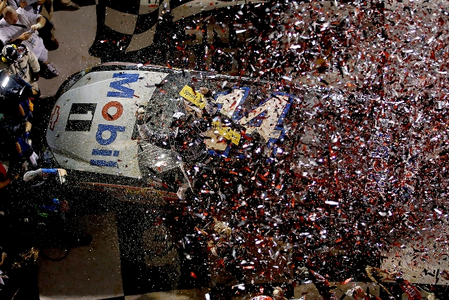 Tony Stewart dodged the Daytona accidents for win number three of 2012 (Photo Credit: Chris Graythen/Getty Images)