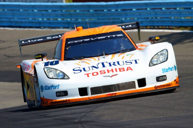Right-rear suspension problems put the SunTrust Corvette DP out of the race (Photo Credit: Grand-Am)
