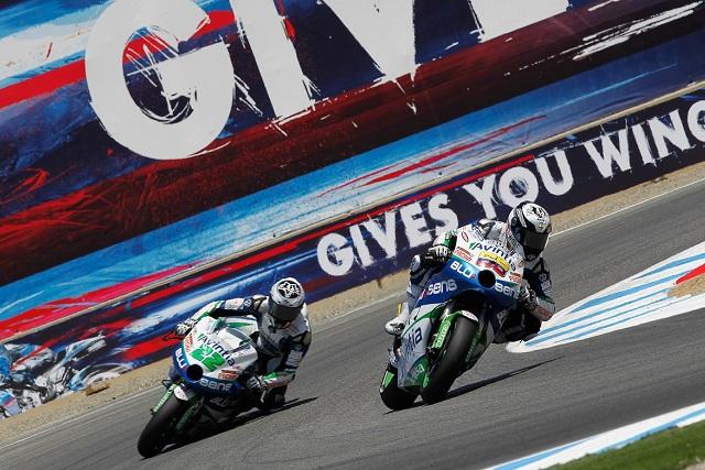 Yonny Hernandez leads Ivan Silva - Photo Credit: MotoGP.com