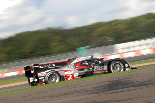 Audi's two R18 LMP1 cars locked out the front row for the Six Hours of Silverstone, but left their move to the front late in a 20 minute session of changing track conditions.