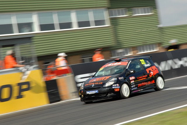 Three-time Air Asia Renault UK Clio Cup champion Paul Rivett got his pursuit of a fourth title back on track with a double victory in Rounds Nine and Ten in...