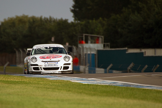 Justin Sherwood drove a dominant race in round nine of the Porsche GT3 Cup Challenge GB at Donington Park to convert pole position to his second race win of the season.