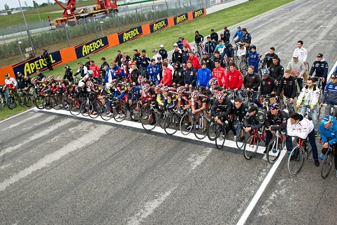 The paddock came together to honour Simoncelli on Thursday (Photo Credit: MotoGP.com