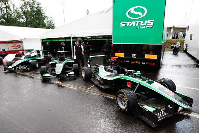 Status Grand Prix - Photo Credit: Daniel Kalisz/GP3 Media Service