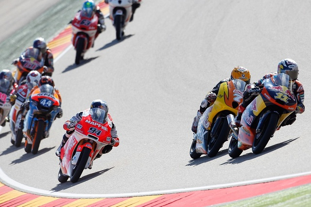 The thrilling Moto3 action was non-stop at Aragon - Photo Credit: MotoGP.com