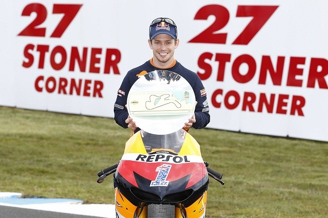 Casey Stoner receives a very special honour at Phillip Island on Thursday - Photo Credit: Repsol Honda