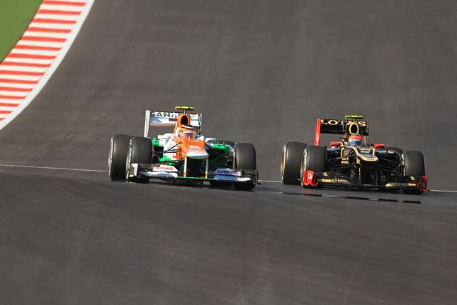 Nico Hulkenberg fends off Romain Grosjean - Photo Credit: OctanePhotos.co.uk