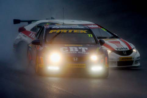 Andrew Jordan takes the conventional line, Shedden, well, doesn't (Photo Credit: btcc.net)