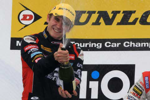 Smith was the class of the field  in the rain (Photo Credit: btcc.net)